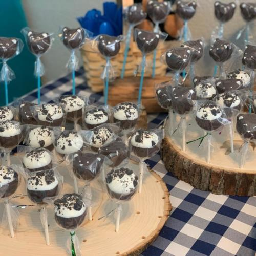 Bears and Cookies and Cream Cake Pops