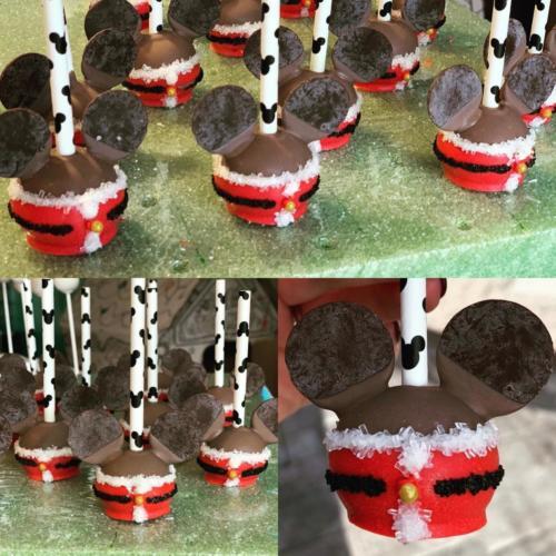 Santa Mickey Mouse Cake Pops
